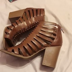 Shoes - Brown sandal Heels from TJ Maxx by Indigo Rd